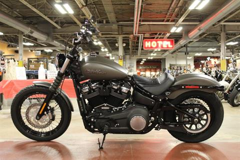 2019 Harley-Davidson Street Bob® in New London, Connecticut - Photo 5