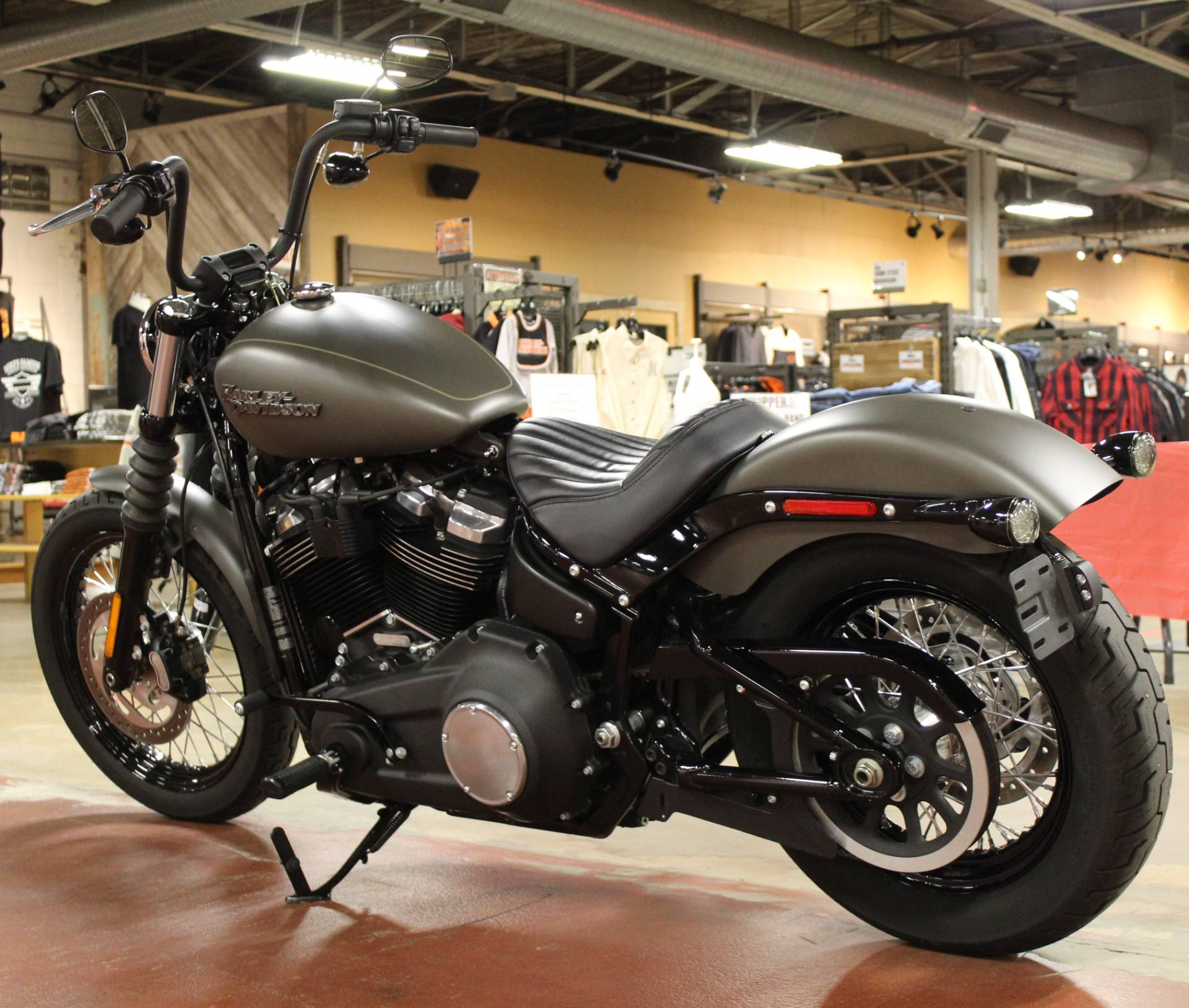 2019 Harley-Davidson Street Bob® in New London, Connecticut - Photo 6