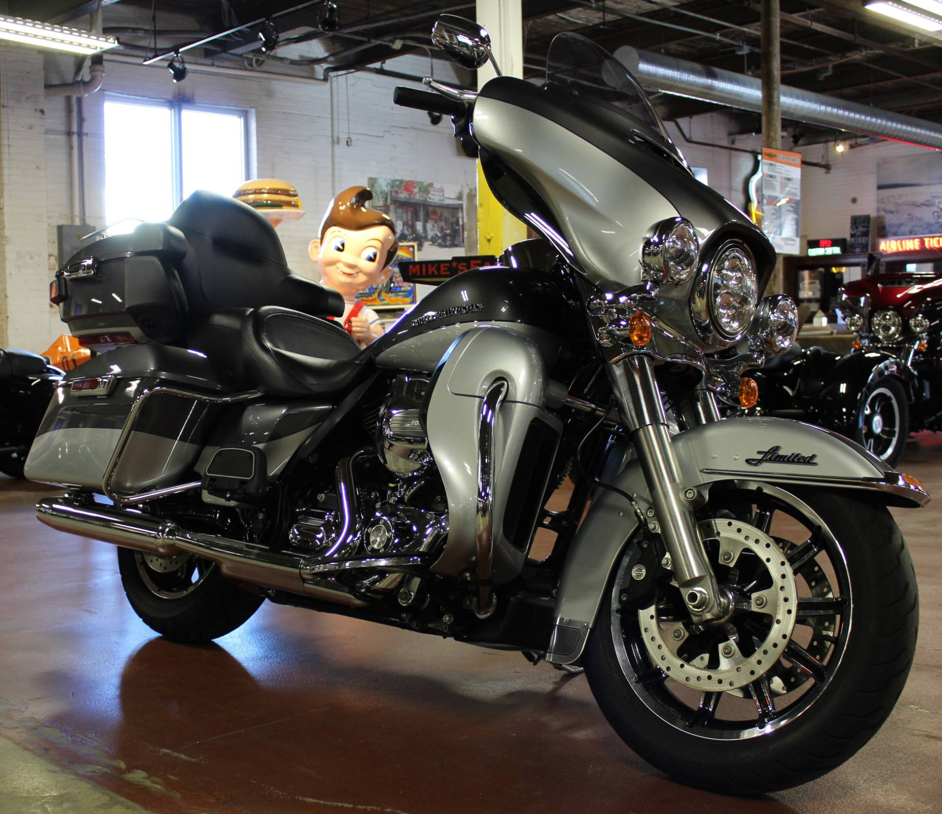 2014 Harley-Davidson Ultra Limited in New London, Connecticut - Photo 2