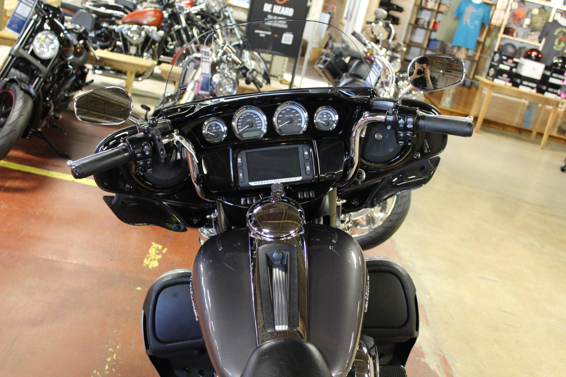 2014 Harley-Davidson Ultra Limited in New London, Connecticut - Photo 10