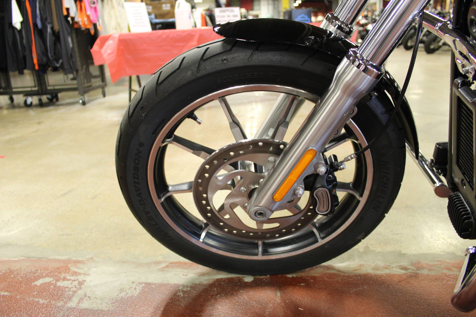 2018 Harley-Davidson Low Rider® 107 in New London, Connecticut - Photo 21