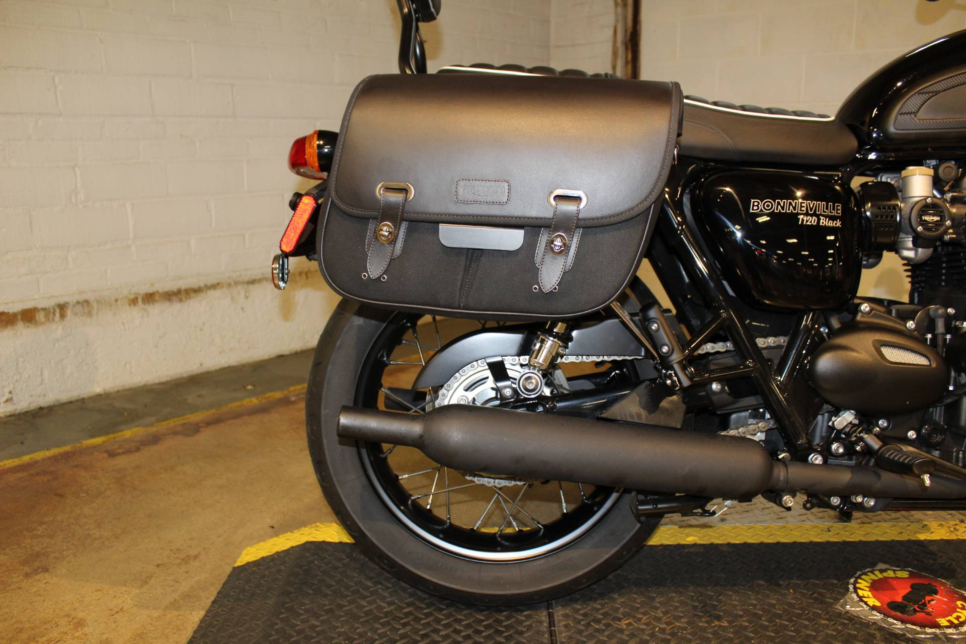 2018 Triumph Bonneville T120 in New London, Connecticut - Photo 16