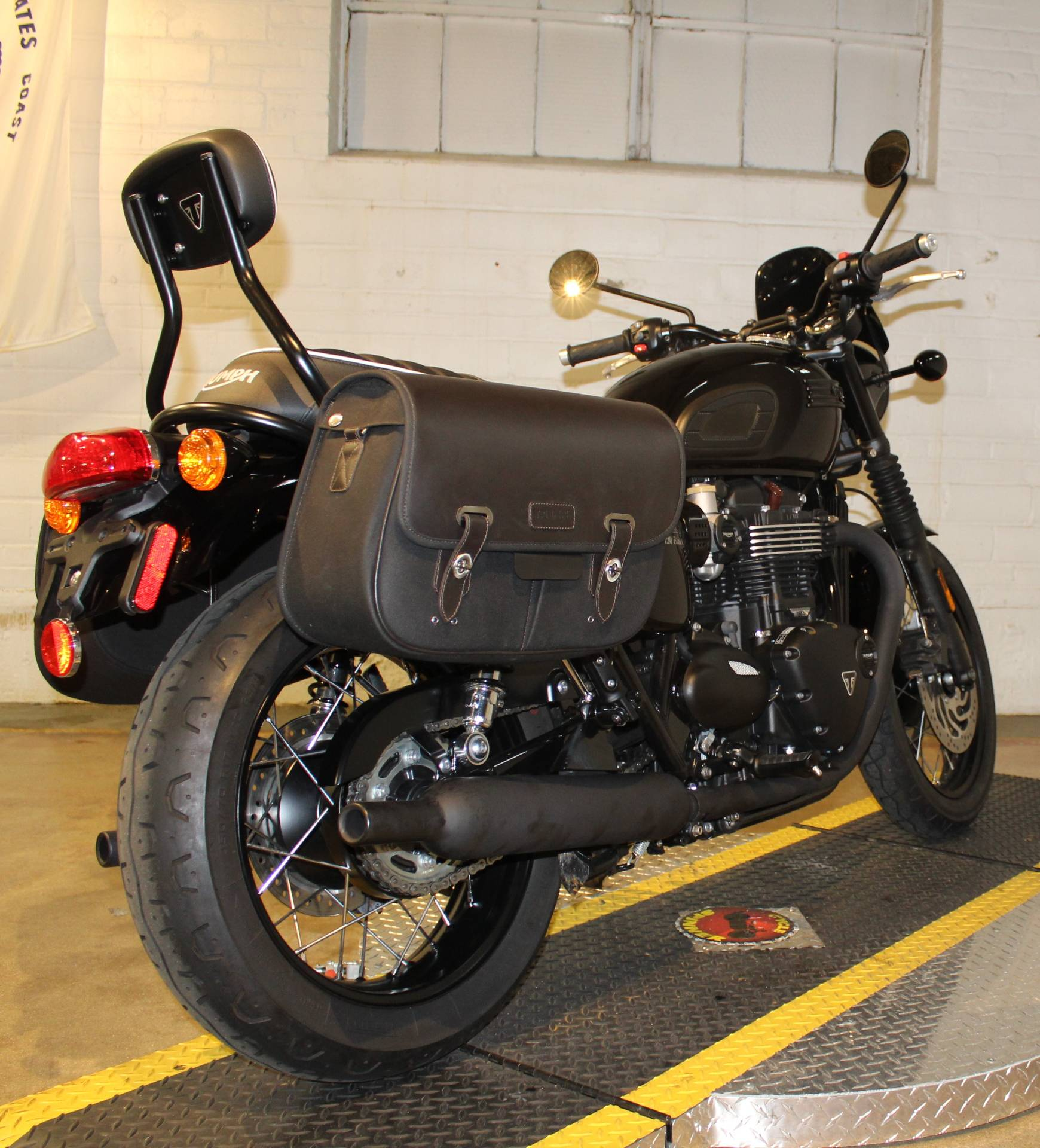 2018 Triumph Bonneville T120 in New London, Connecticut - Photo 2