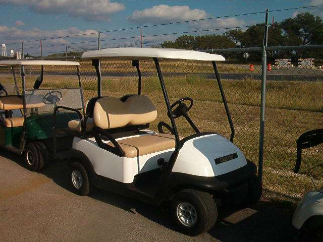 2010 Club Car PRECEDENT in Kerrville, Texas