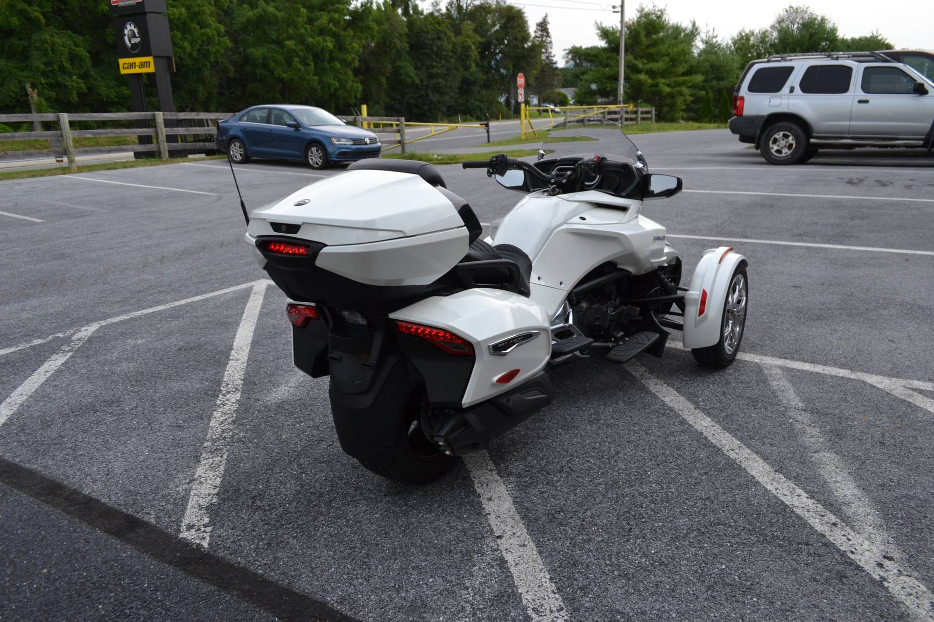 2019 Can-Am Spyder F3 Limited in Grantville, Pennsylvania - Photo 9