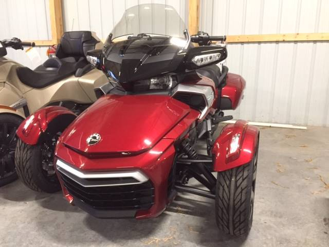 2017 Can-Am Spyder F3-T SE6 in Grantville, Pennsylvania