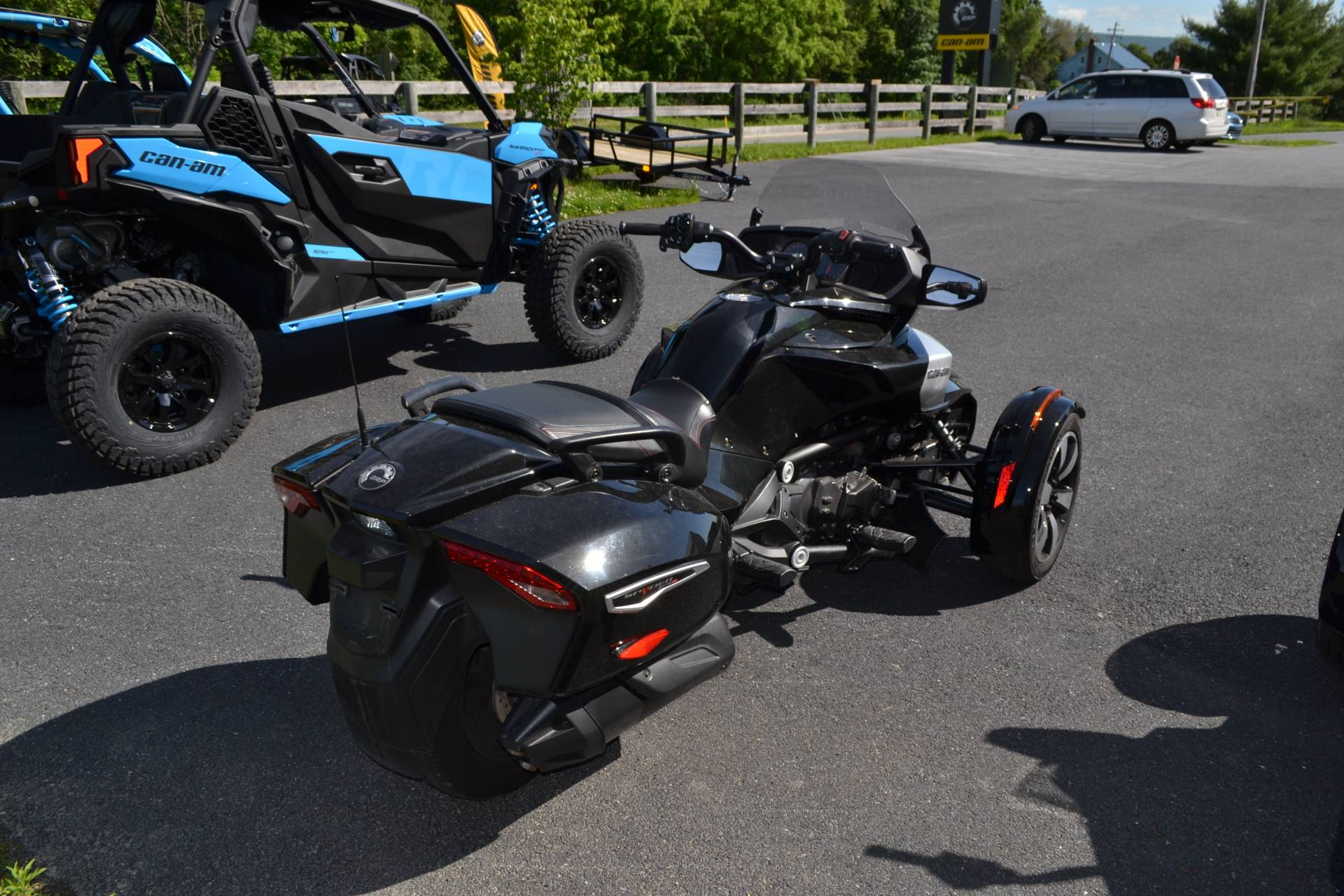 2016 Can-Am Spyder F3-T SE6 w/ Audio System in Grantville, Pennsylvania - Photo 7