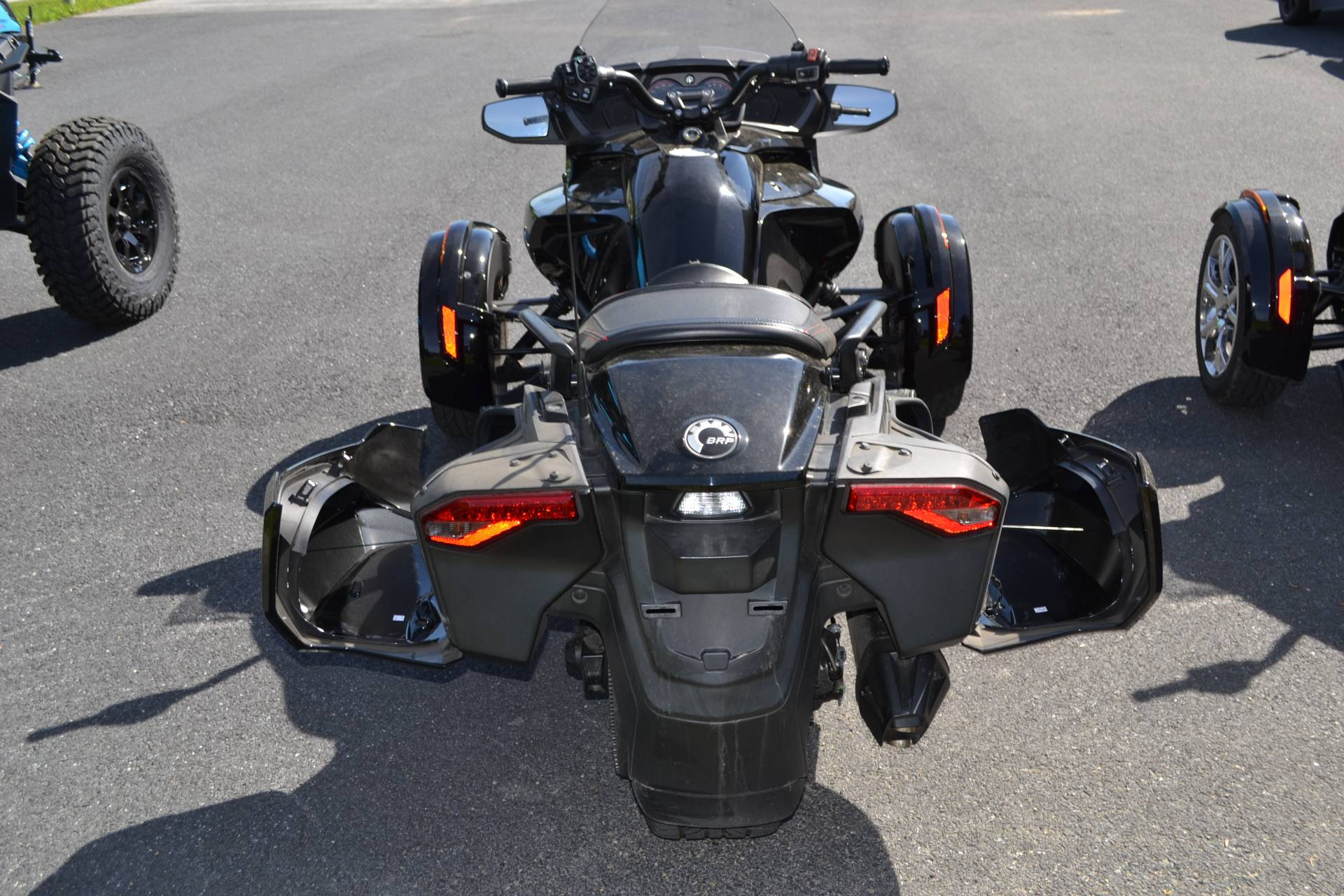 2016 Can-Am Spyder F3-T SE6 w/ Audio System in Grantville, Pennsylvania - Photo 10