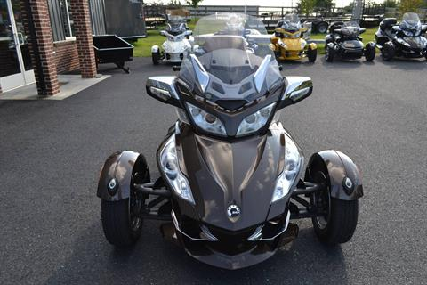 2012 Can-Am Spyder® RT Limited in Grantville, Pennsylvania - Photo 2