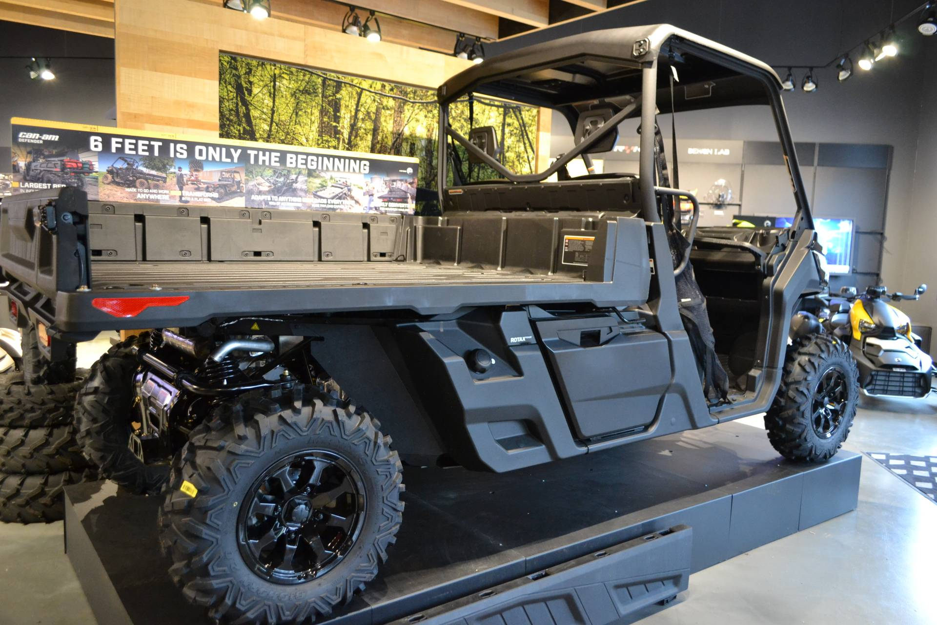 2020 Can-Am Defender Pro XT HD10 in Grantville, Pennsylvania - Photo 4