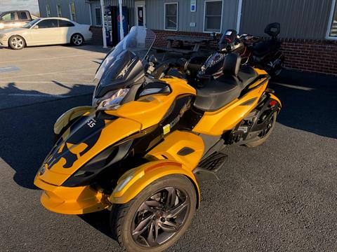 2013 Can-Am Spyder® ST-S SE5 in Grantville, Pennsylvania - Photo 1