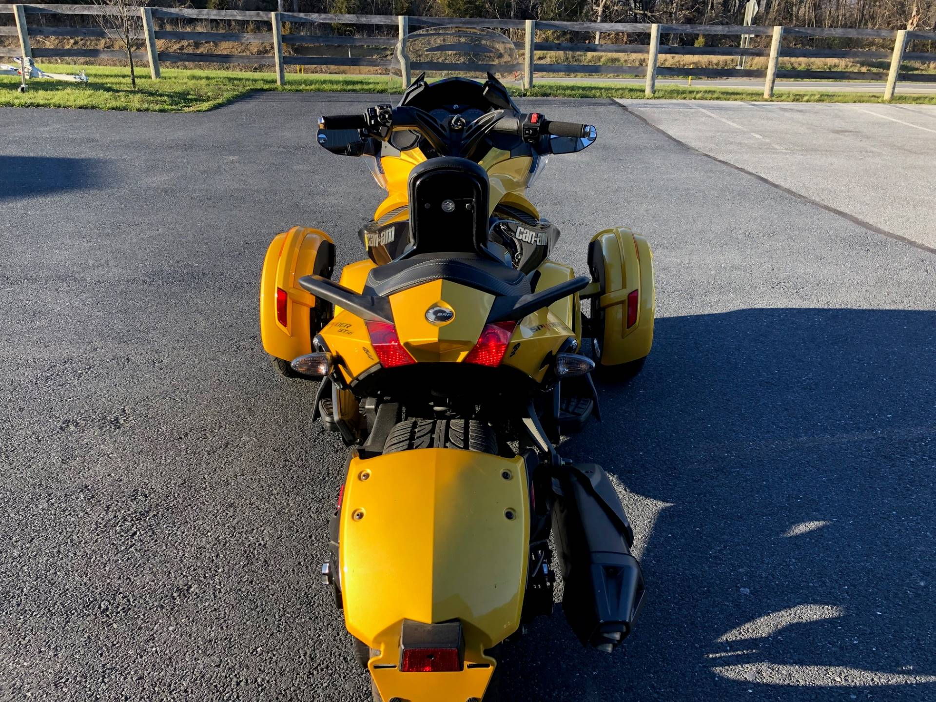 2013 Can-Am Spyder® ST-S SE5 in Grantville, Pennsylvania - Photo 5