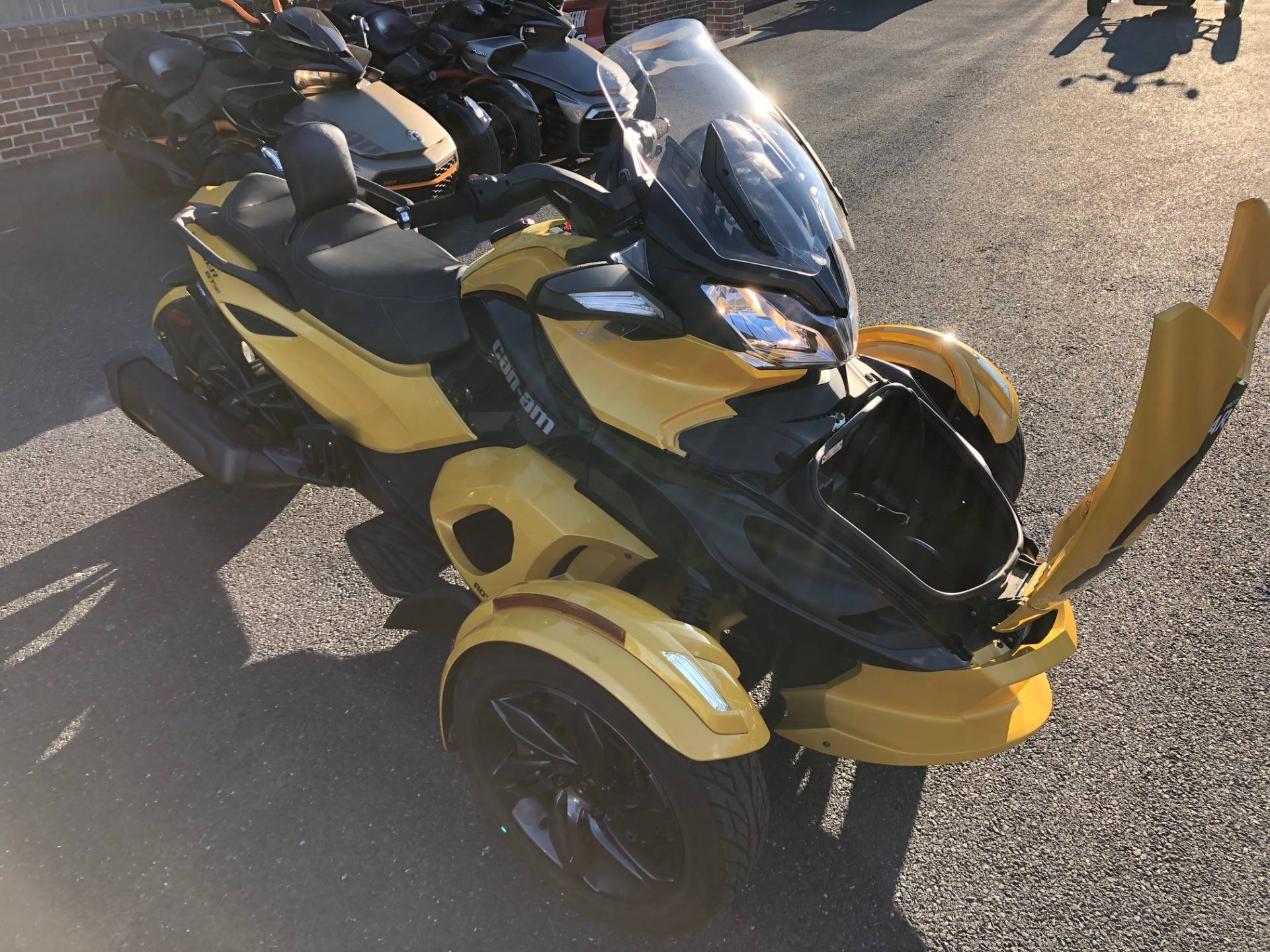2013 Can-Am Spyder® ST-S SE5 in Grantville, Pennsylvania - Photo 8