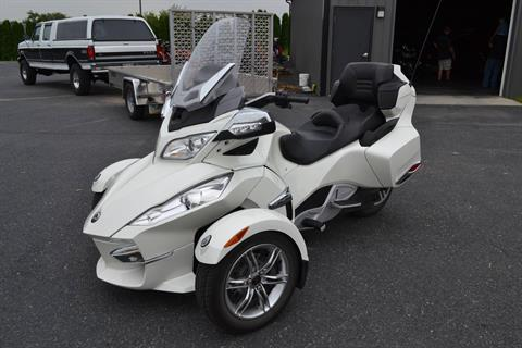 2011 Can-Am Spyder® RT Limited in Grantville, Pennsylvania - Photo 1