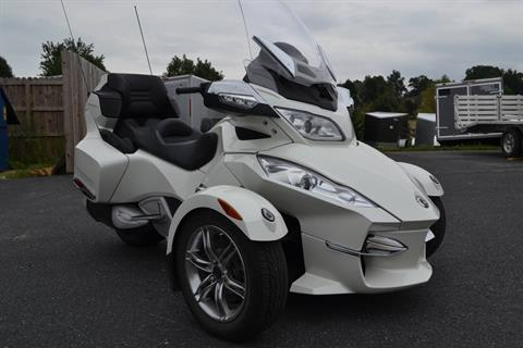 2011 Can-Am Spyder® RT Limited in Grantville, Pennsylvania - Photo 4
