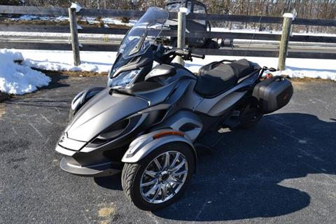 2014 Can-Am Spyder® ST Limited in Grantville, Pennsylvania