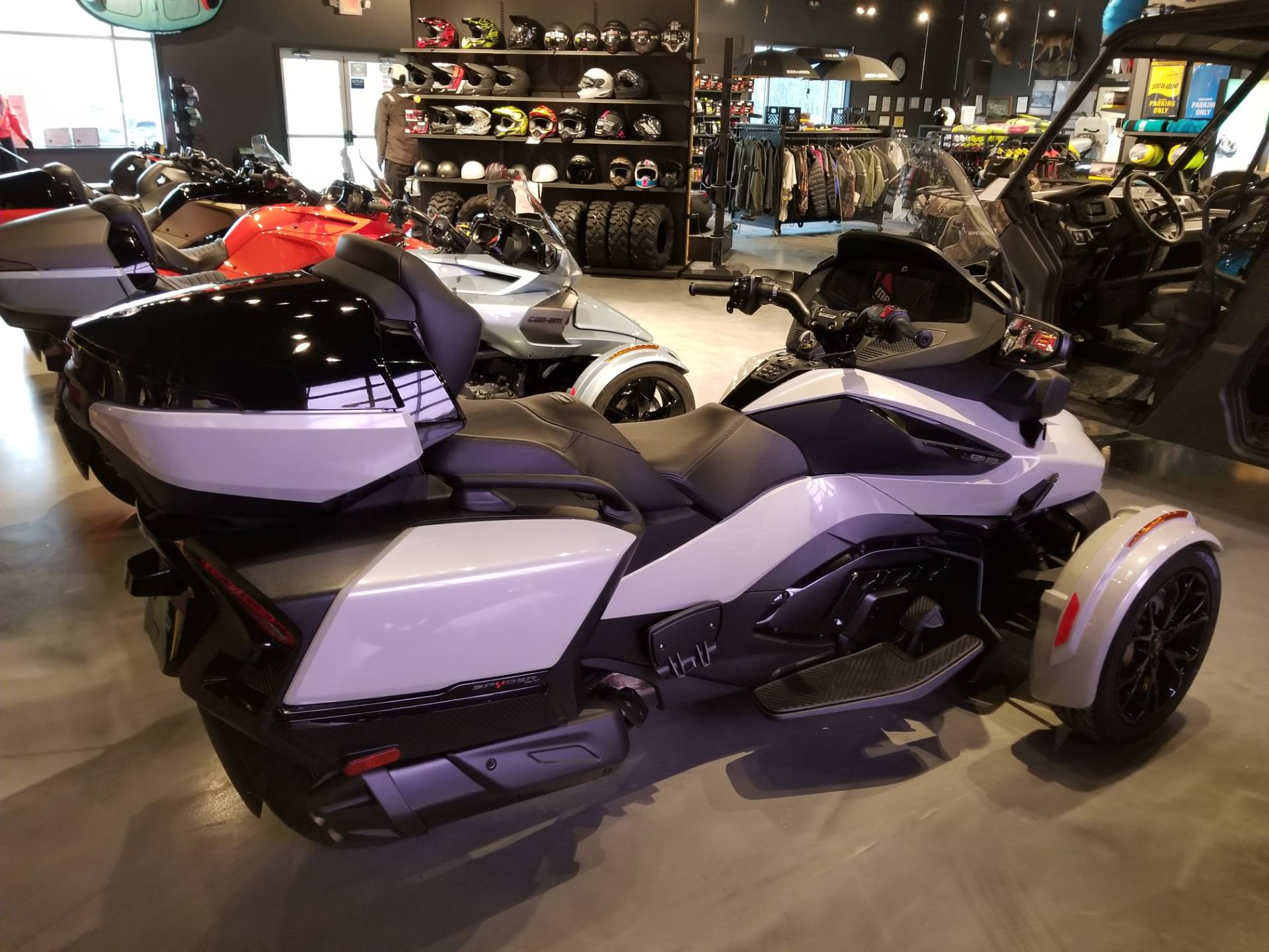 2021 Can-Am Spyder RT Limited in Grantville, Pennsylvania - Photo 4