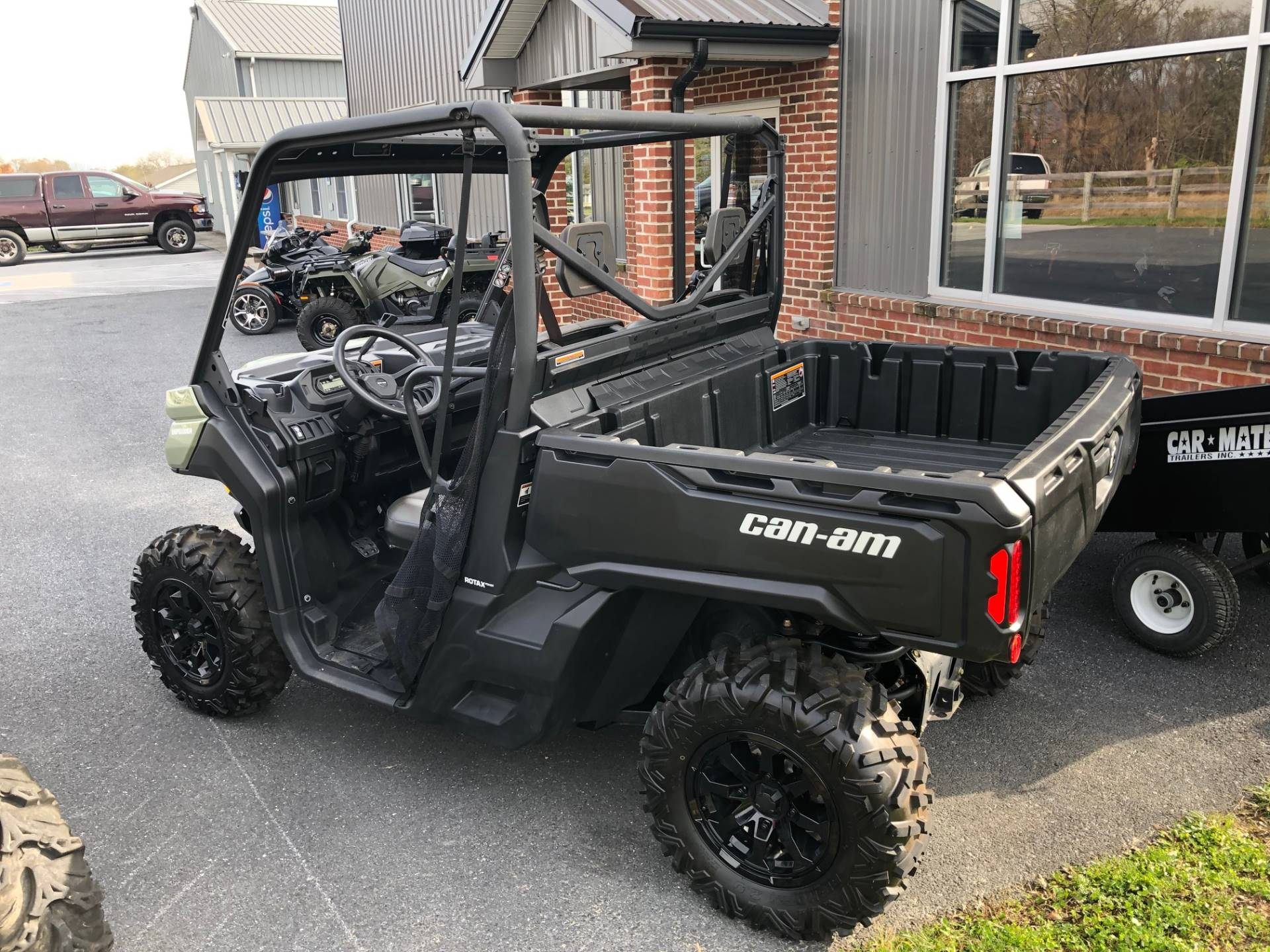 2019 Can-Am™ Defender DPS HD8 3