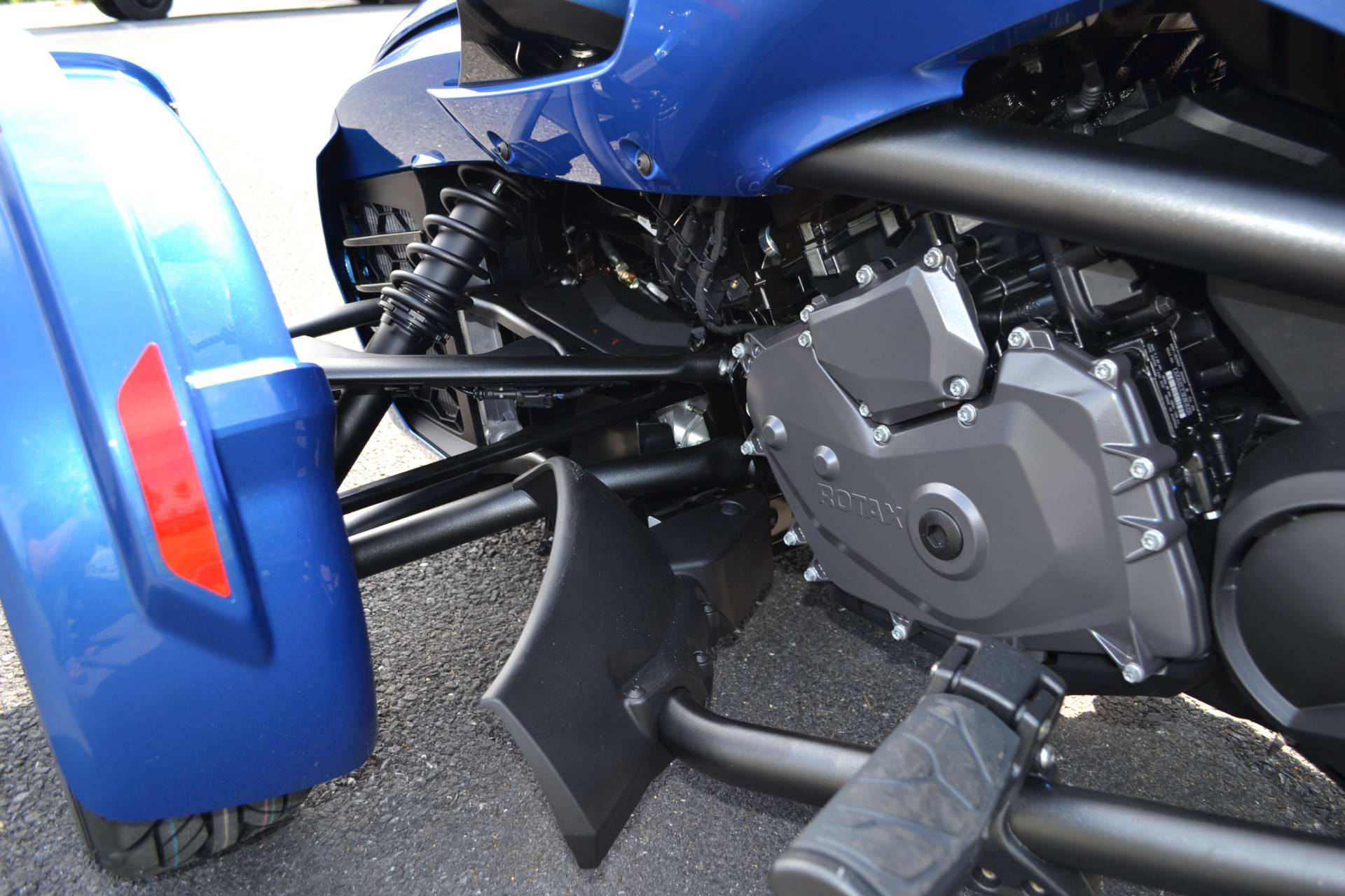 2019 Can-Am Spyder F3-T in Grantville, Pennsylvania - Photo 8