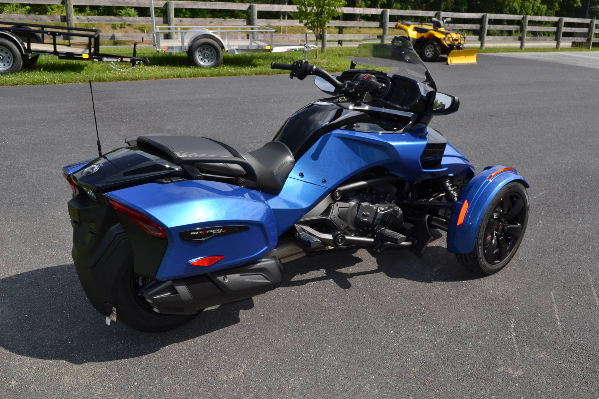 2019 Can-Am Spyder F3-T in Grantville, Pennsylvania - Photo 9