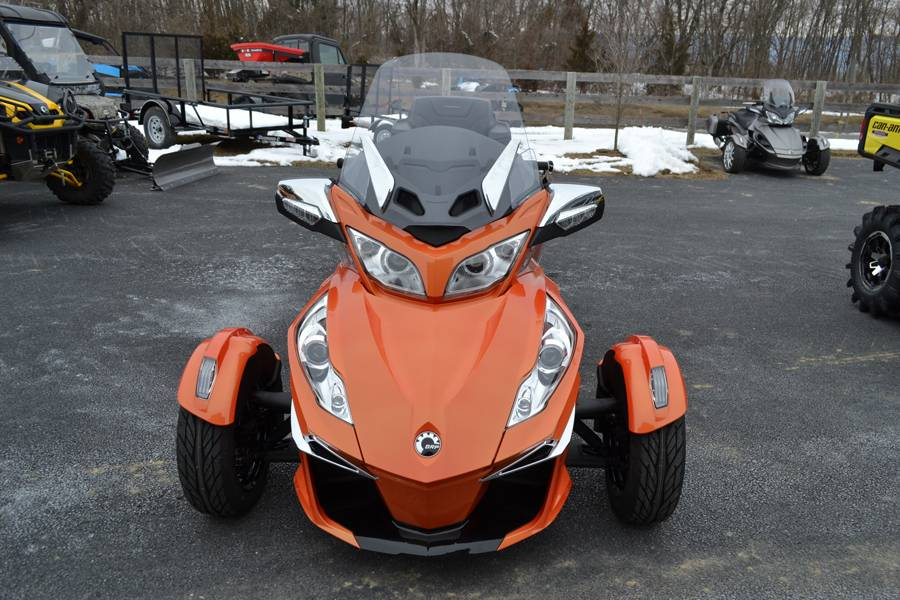 2019 Can-Am Spyder RT Limited in Grantville, Pennsylvania - Photo 2