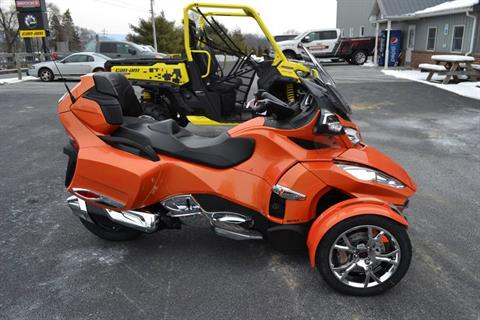 2019 Can-Am Spyder RT Limited in Grantville, Pennsylvania - Photo 8