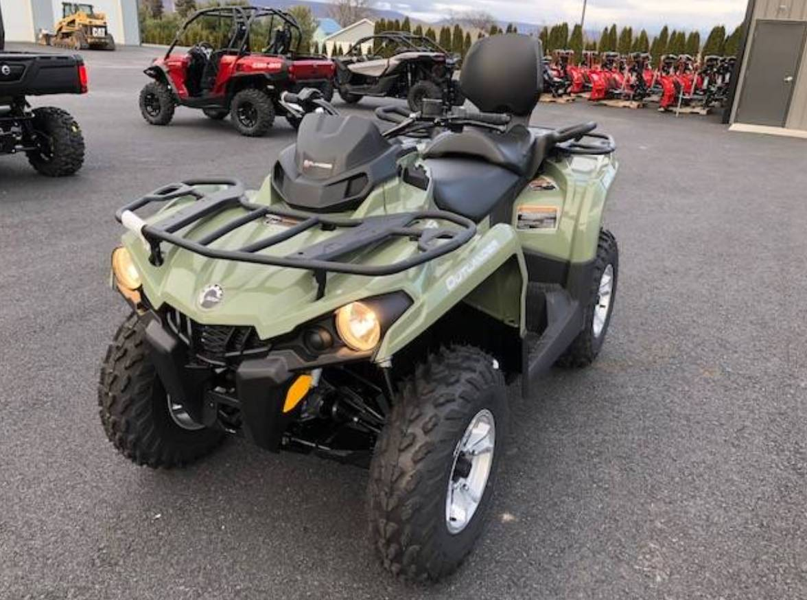2018 Can-Am Outlander MAX DPS 450 in Grantville, Pennsylvania