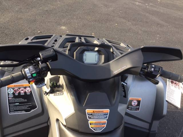2017 Can-Am Outlander MAX XT 650 in Grantville, Pennsylvania