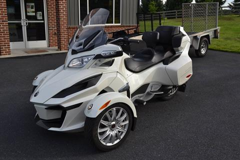 2015 Can-Am Spyder® RT SE6 in Grantville, Pennsylvania