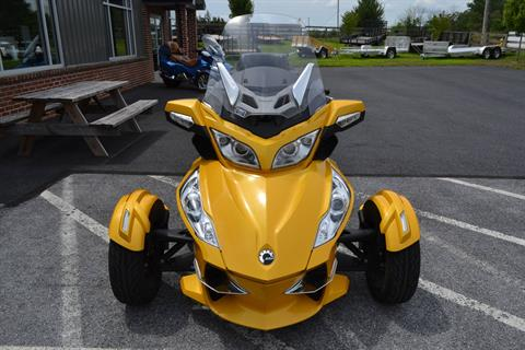 2013 Can-Am Spyder® RT-S SM5 in Grantville, Pennsylvania - Photo 10