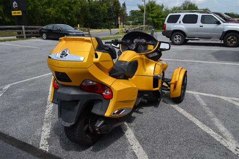 2013 Can-Am Spyder® RT-S SM5 in Grantville, Pennsylvania - Photo 14