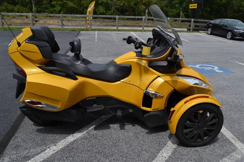 2013 Can-Am Spyder® RT-S SM5 in Grantville, Pennsylvania - Photo 15