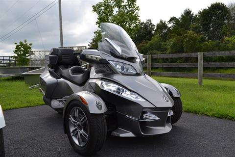 2012 Can-Am Spyder® RT-S SE5 in Grantville, Pennsylvania