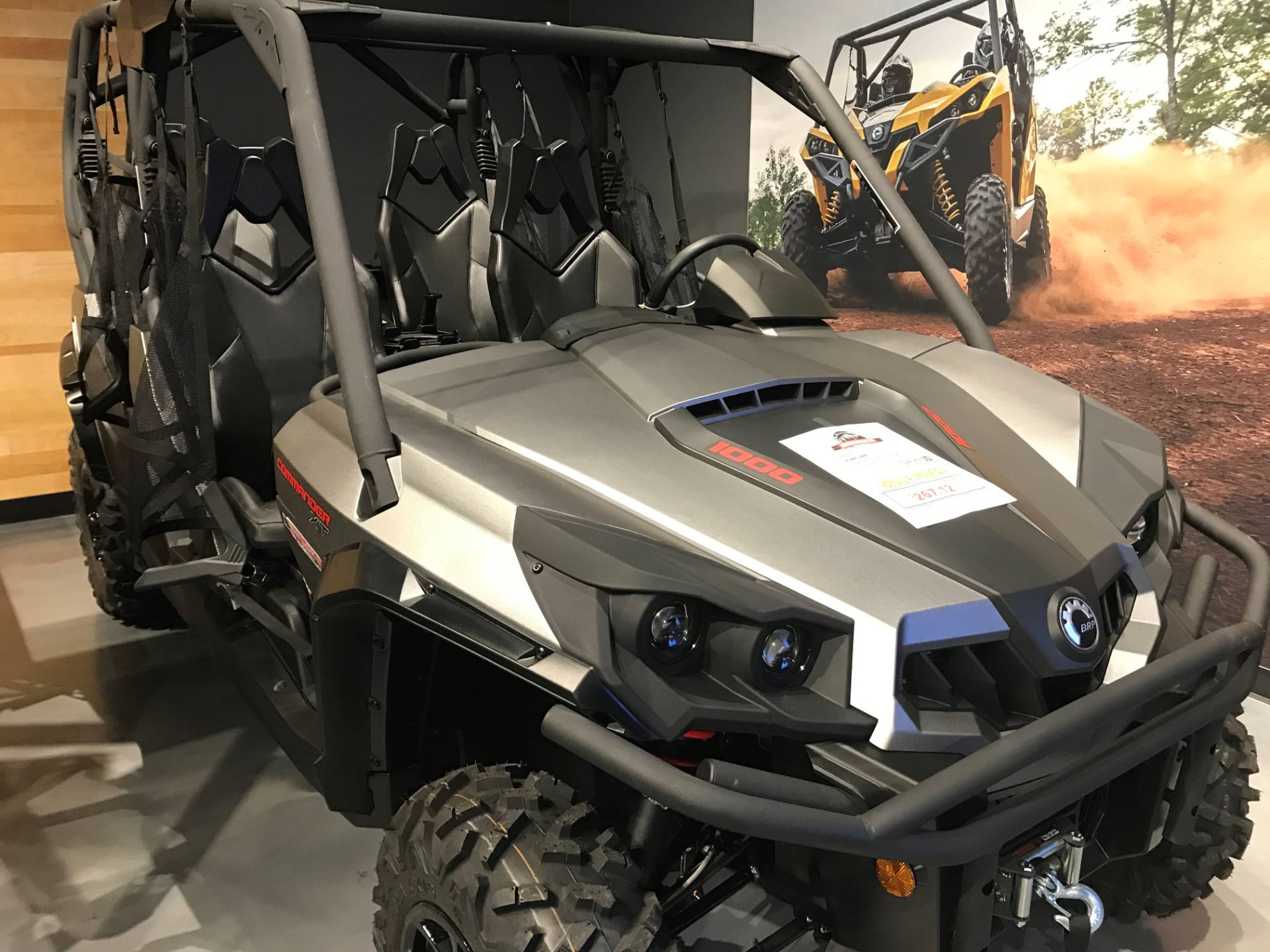 2017 Can-Am Commander MAX XT 1000 in Grantville, Pennsylvania