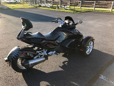 2014 Can-Am Spyder® RS SE5 in Grantville, Pennsylvania - Photo 2