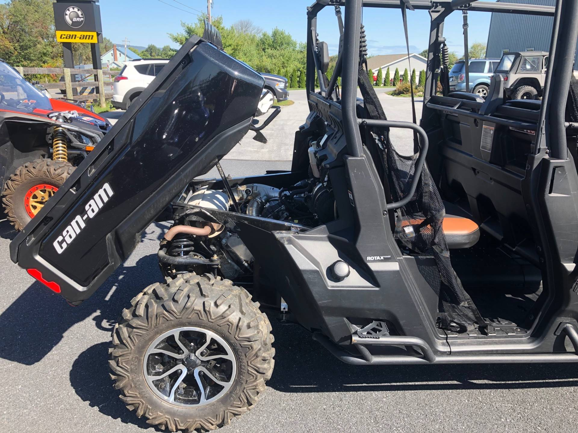 2018 Can-Am Defender Max Lone Star HD10 in Grantville, Pennsylvania - Photo 2