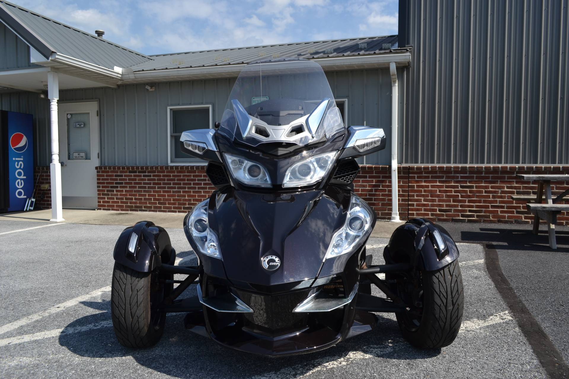 2013 Can-Am Spyder® RT Limited in Grantville, Pennsylvania - Photo 2