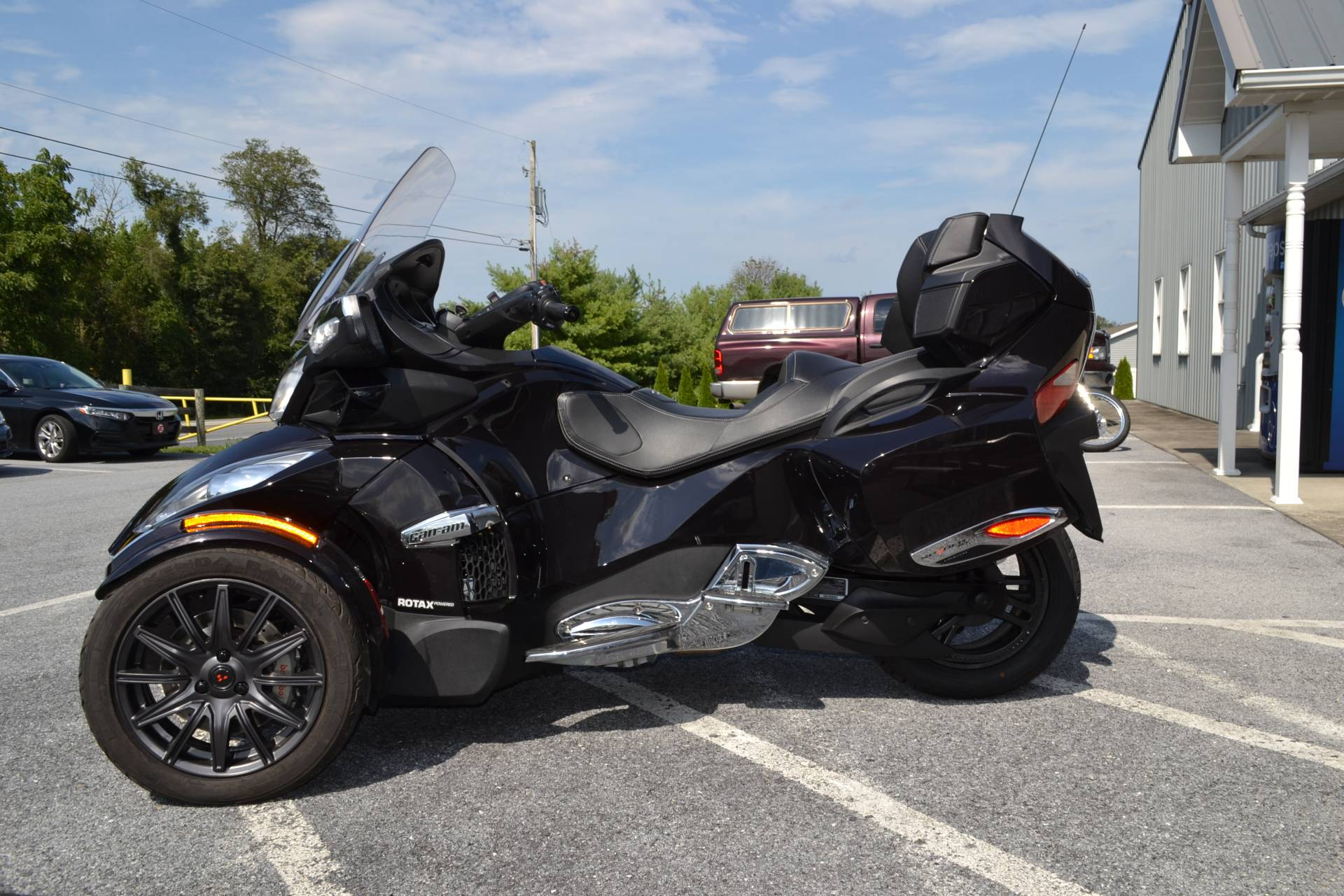 2013 Can-Am Spyder® RT Limited in Grantville, Pennsylvania - Photo 4