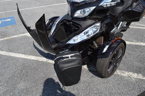 2013 Can-Am Spyder® RT Limited in Grantville, Pennsylvania - Photo 23