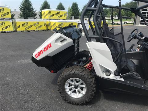 2017 Can-Am Commander DPS 800R in Grantville, Pennsylvania