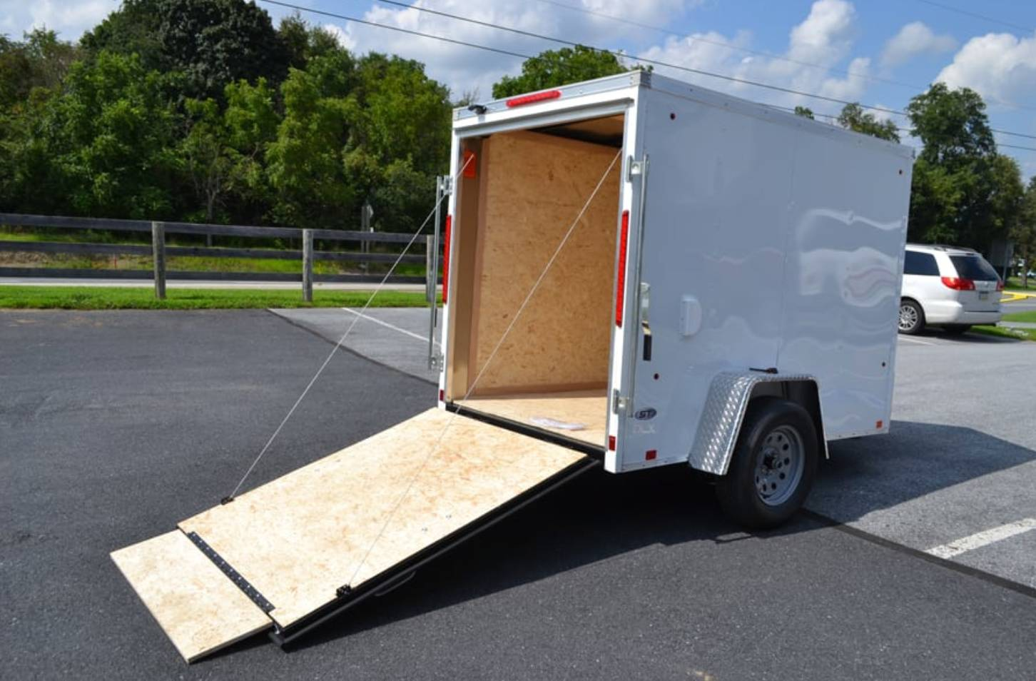 2020 Look Trailers 5X8 STDLX Cargo Trailer Ramp +6 in Harrisburg, Pennsylvania - Photo 8