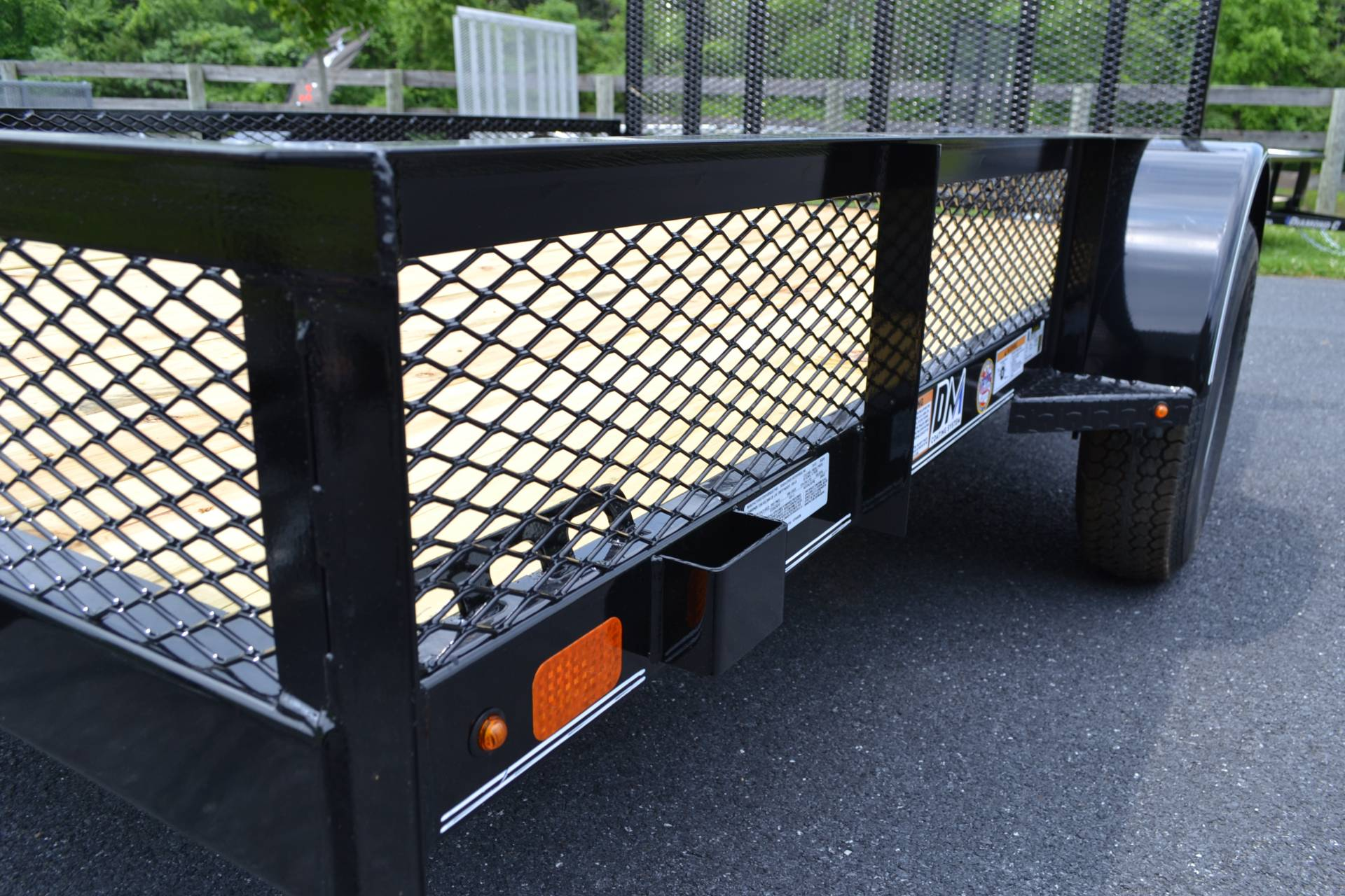 2019 Diamond C 10X77 GSA Utility Trailer Mesh in Harrisburg, Pennsylvania - Photo 3
