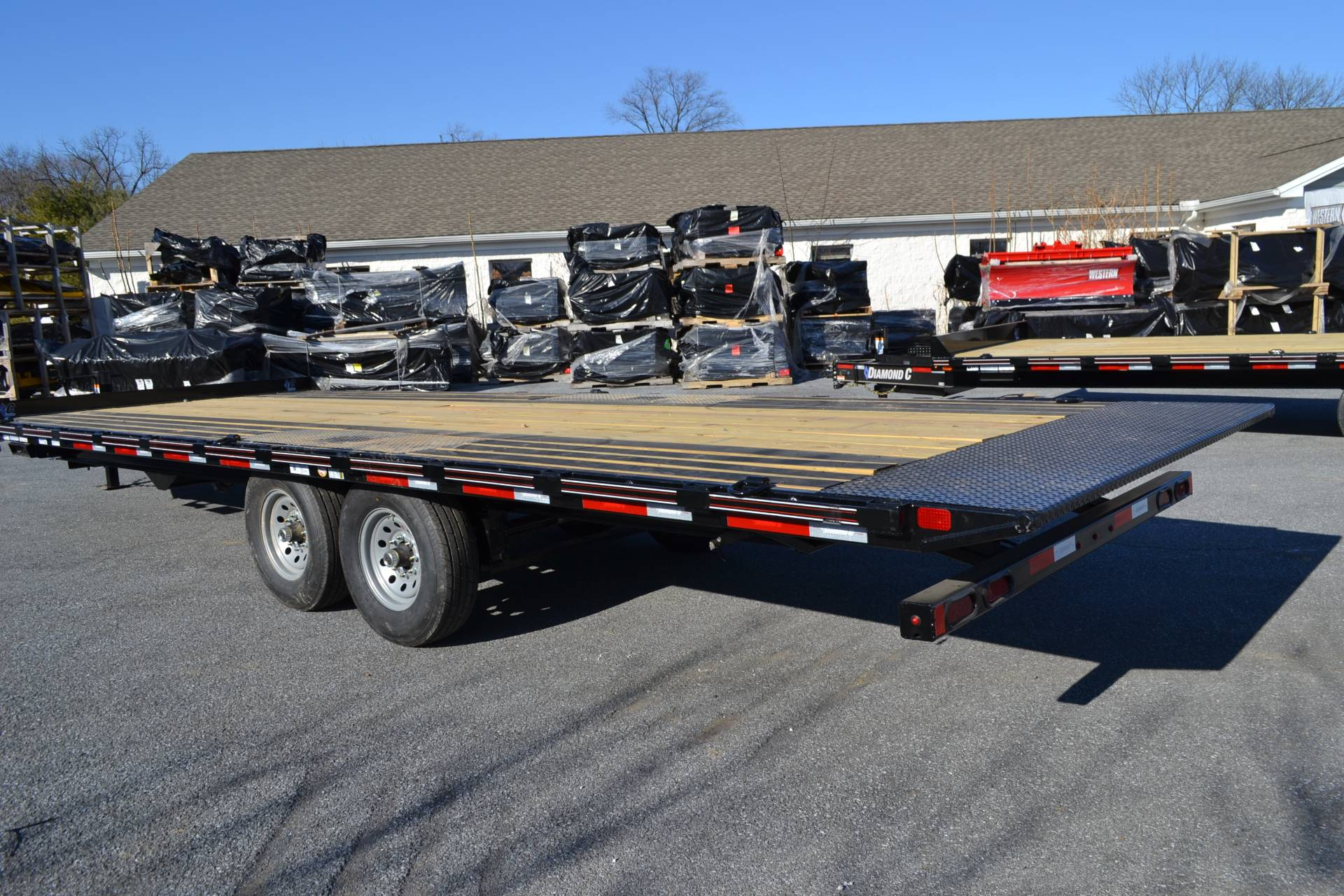 2020 Diamond C 24x102 DET Equipment Trailer Full Tilt in Harrisburg, Pennsylvania - Photo 9