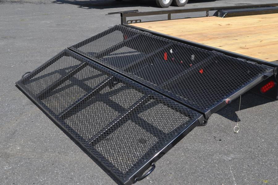2018 Diamond C 16X98 47MD ATV Utility Trailer in Harrisburg, Pennsylvania - Photo 4