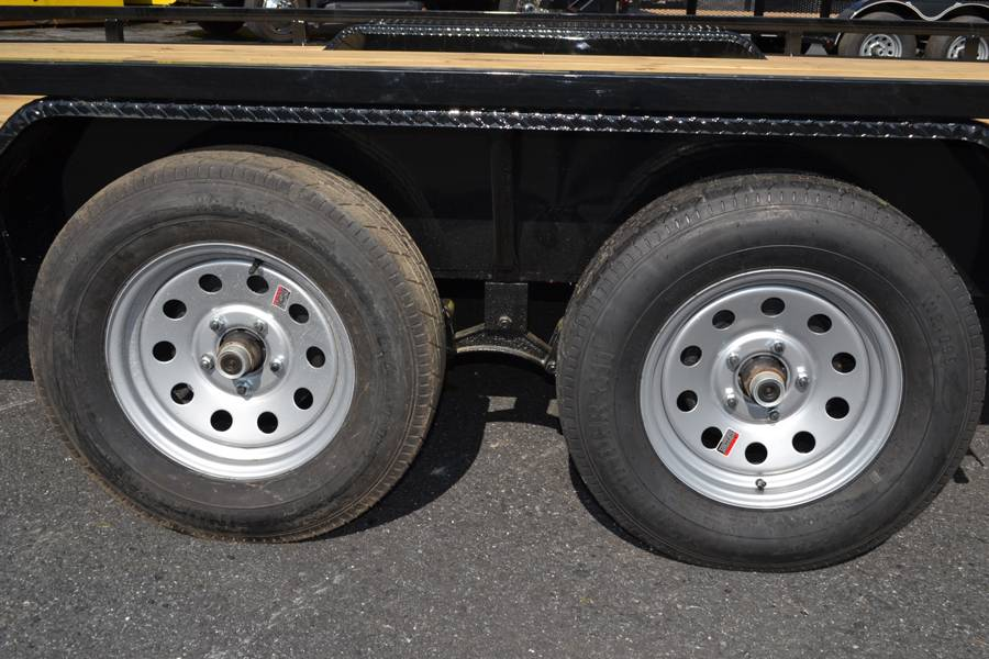 2018 Diamond C 16X98 47MD ATV Utility Trailer in Harrisburg, Pennsylvania - Photo 11