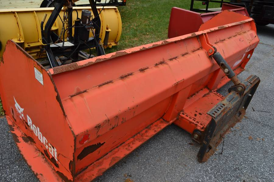 USED UNITS Used 10' Bobcat Skid Steer Box Pusher #2 in Harrisburg, Pennsylvania - Photo 3