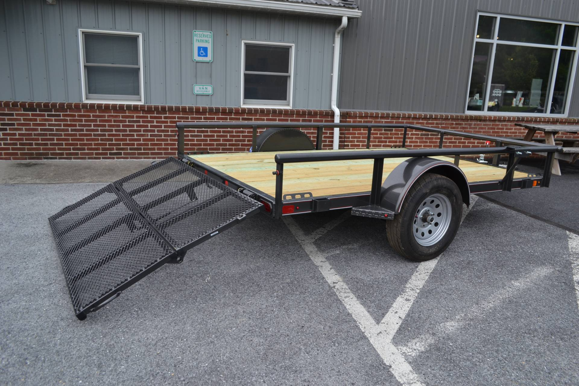 2021 Diamond C 10X77 PSA Utility Trailer 3K in Harrisburg, Pennsylvania - Photo 4