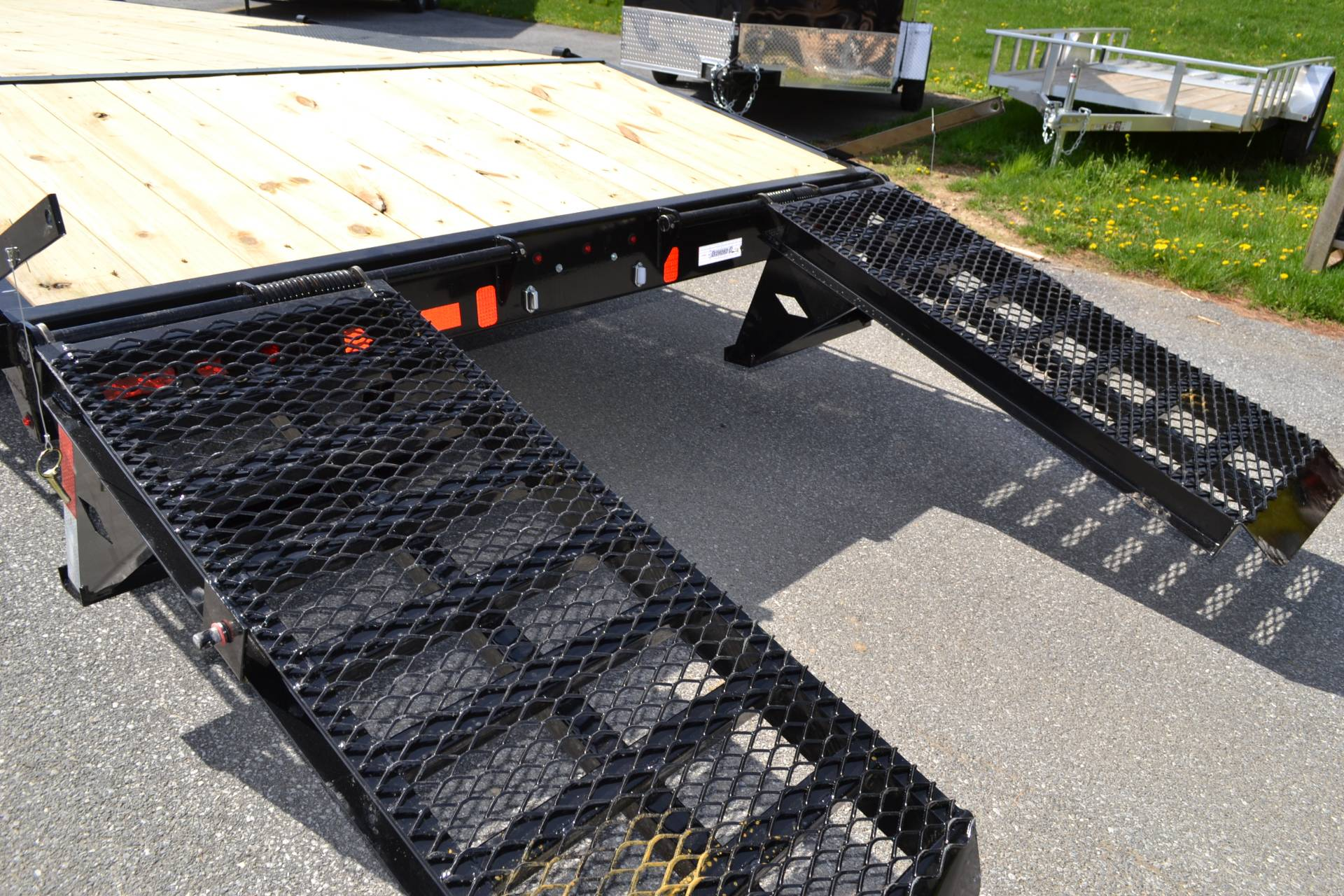 2021 Diamond C 20x102 DEC Equipment Trailer XWR in Harrisburg, Pennsylvania - Photo 14