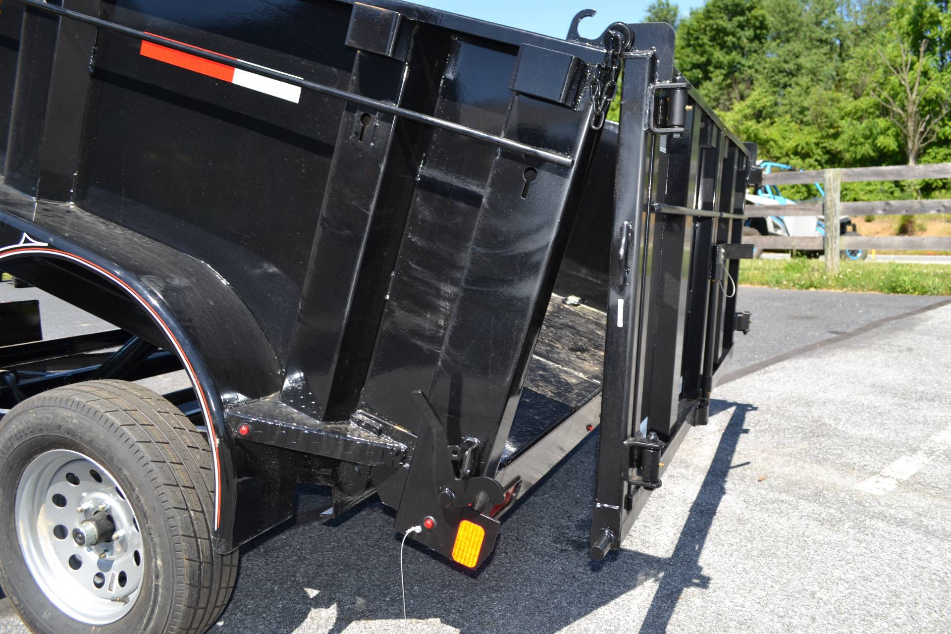 2019 Diamond C 10X77 EDG Dump Trailer - 32HS in Harrisburg, Pennsylvania - Photo 13