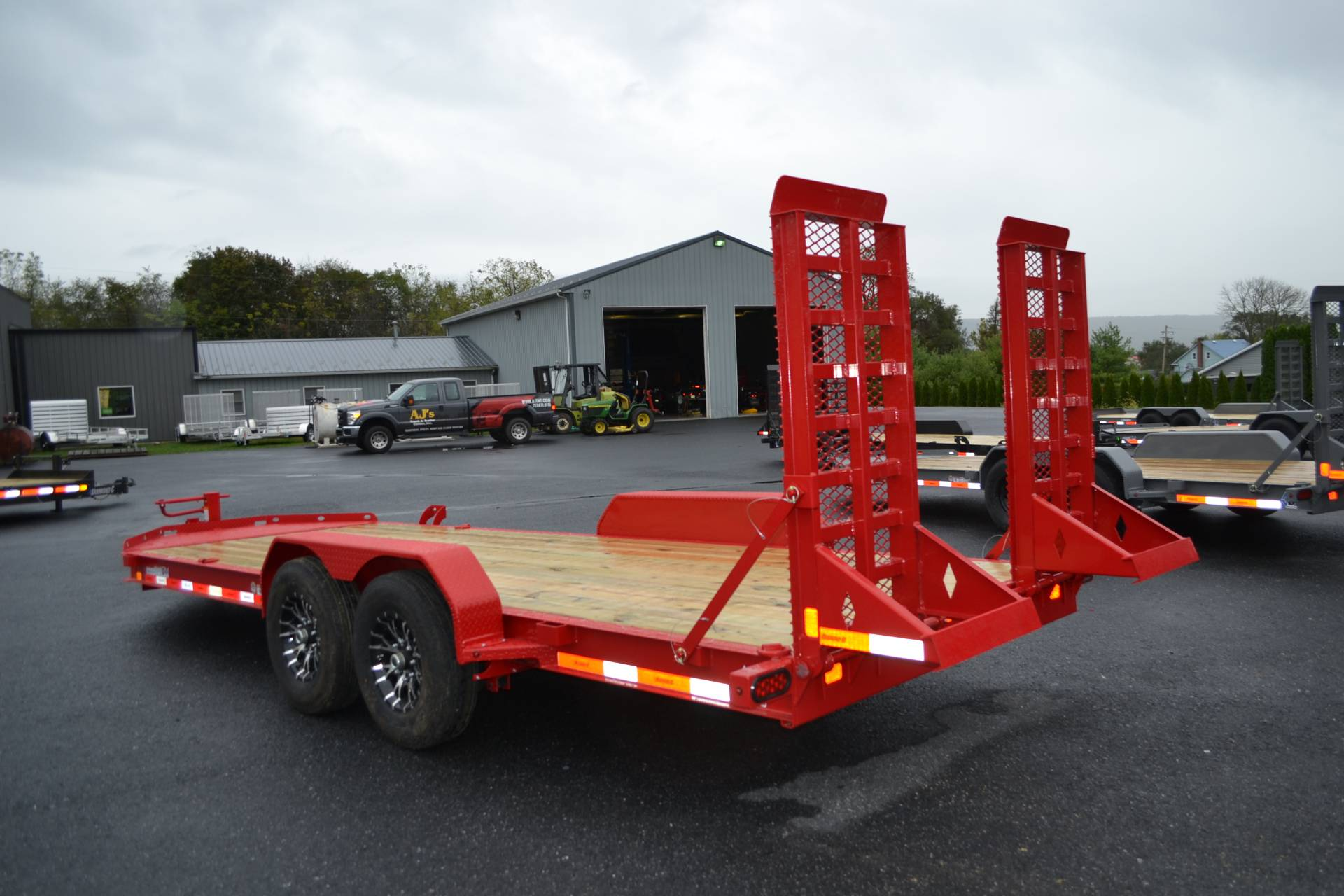 2020 Diamond C 20X82 LPX Equipment Trailer XWR in Harrisburg, Pennsylvania - Photo 5